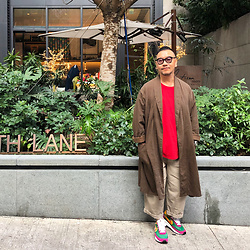 Mannix Lo - Vintage Stripes Long Outer, Polo Ralph Lauren Logo Tee, Online Shop Loose Fit Pants, Sacai X Nike Ldv Waffle Sneakers - It's never too late to try and make things right