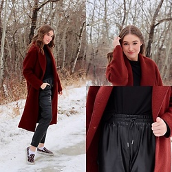Taylor Doucette - Babaton Aritzia Charlize Coat, Zara Faux Leather Joggers, Babaton Black Turtleneck, Vans Slip On - Your Best American Girl - Mitski