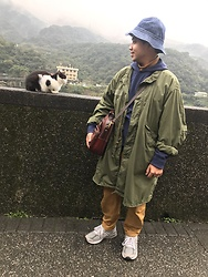 Yu-cheng Chen - Retrodandy 丹寧帽, Vintage M65 Fish Parka, Futuremade 多口袋機能褲, New Balance 990 V.5 - Honeymoon