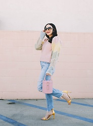 Lisa Valerie Morgan - Loveshackfancy Sweater - Cozy Pastel Sweater