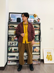Yu-cheng Chen - Uniqlo 教練外套, Syndro Yellow 亞麻襯衫, Muji 卡其寬褲, Converse Black Shoes - Through the peaceful experience