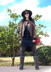 Saguaro Style - Sven Clogs Clog Boots Shearling Steel Gray, Saguaro Style On Poshmark Plaid Flannel Shirt Dress, Stetson Vintage Aviators - 01.22.20