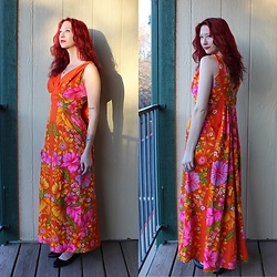"Michelle Blue - Vintage Hawaiian Dress - ""Walking On Sunshine"""