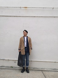Curtis W - Pendleton Leather Jacket, Naked & Famous Kimono, Levi's Vintage Clothing Jeans, Eytys Shoes, Hender Scheme Tote - 25/01/2020 : )