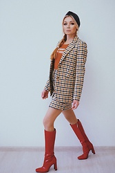 Marina Skater - H&M Suit, Zara Boots, Monki Headpiece - Suit