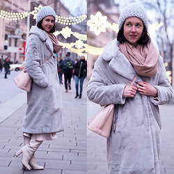 Claire H - Mühlbauer Wool Beanie, Louis Vuitton Alma Bag, H&M Grey Fake Fur Coat, Zara White Boots - Chinchilla