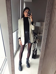 Mariana Garza - H&M Blazer, Zara Faux Leather Shorts, Stradivarius Combat Boots - Refuse to take off combat boots