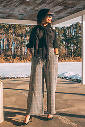 Lindsey Puls - Haverdash Wide Leg Pants, Ted Baker Pumps - Trying Pants From Haverdash