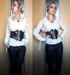 Grim Alex - Aliexpress The Witcher Necklace, Borrowed From My Sis :D White Shirt, Aliexpress Corset Belt, H&M Black Wax Coated Jeggings - The Swallow