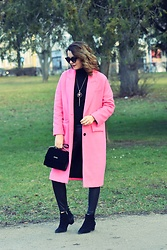 Butterfly Petty - Zara Coat, Guess Bag, Zara Pants, Zara Sweater - Pink coat