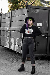 Sanne E -  - Urban Witch