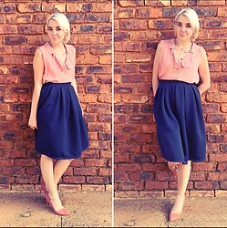 Sune Dreyer - Dirty Pink Top, Navy Flare Skirt, Pink Heels - Pinking about blue 🌸