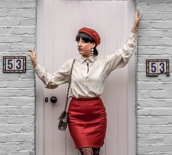 Weronika Bukowczan - Vintage Red Leather Pencil Skirt, Vintage Ivory Shirt, Snake Print Shoulder Bag, New Look Beret - Parisian chic in London