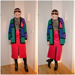 Mucha Lucha - Second Hand Cardigan, H&M Roll Neck Top, Asos Belt, & Other Stories Skirt, Topshop Boots - Colourful cardigan