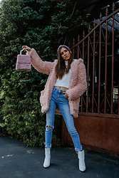 Jenny M - Forever 21 Pink Fuzzy Jacket, Zara Jeans, Aldo Boots, Forever 21 Sweater - @thehungarianbrunette // WINTER BARBIE