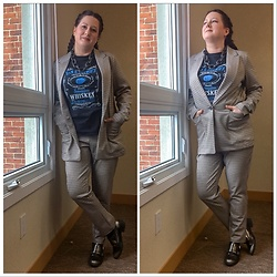 Joy H - H&M Suit, Wish Starwars T Shirt - I Can't Stand Up