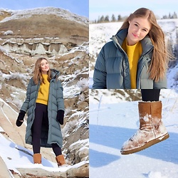 Taylor Doucette - Aritzia Super Puff Dark Shadow, Ugg Classic Short Ll Boot, Lululemon Wunder Under Leggings, Furry Mittens, H&M Mustard Yellow Knit Sweater - Years In The Making - Arkells
