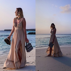 Zuza - Mango Bag, Zara Necklace, Lou Dress - Maldives