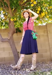 Saguaro Style - Betsey Johnson Cactus Bag, Corral Cactus Cowboy Boots - 02.29.20