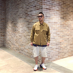 Mannix Lo - Gu Shirt Jacket, Uniqlo Cargo Shorts, Adidas Ozweego Sneakers - Everyday is a chance to change your life