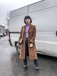 Weronika Bukowczan - Vintage Camel Beige Long Wool Coat, Vintage Dark Blue Embroidered Floral Flares Jeans, Marks & Spencer Purple Ruffled High Neck Top - Low Key Vintage