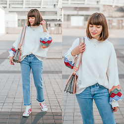 Christina & Karina Vartanovy - Chic Wish Playful Sleeves Soft Knit Oversized Sweater, H&M Crop Wide Leg Jeans With Raw Hem, Asos Shoulder Bag With Wide Snake Detail, Converse Chuck Taylor All Star Wordmark Hi - Christina // love is noise