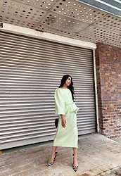 JUN UDAN - Puffy Sleeves Dress, Thrift Store Polka Dot Heel - SUMMER GREEN STORIES