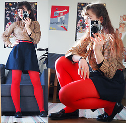 Siri ♧ - Vintage Blouse, Vintage Red Belt, Vintage Dark Blue Shorts, Tissot Wristwatch - Screaming red