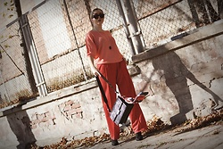 Ewa Macherowska - Second Hand Sweater, Only Pants, Mango Boots, Fabiola Bag, Ceramiczne Necklace, Pacze Sunglasses - Coral & Red Combo
