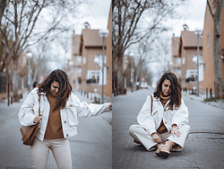 Elsa Gervasi - Zara Jacket, Shein Sweater, Rosegal Bag, Zara Pants, Stradivarius Booties - Brown Sweater