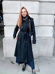 Karina Bogdan - Hugo Boss Coat, Louis Vuitton Bag, Dolce & Gabbana Scarf, Ace & Tate Glasses, Zara Turtleneck, Mango Pants, Gucci Shoes - 16/03/20