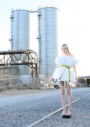 Emmalynn V - Off White Off White Industrial Belt, Jeffrey Campbell Shoes Transparent Platform Sandals - Solipsism
