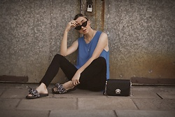 Ewa Macherowska - Second Hand Top, Bershka Jeans, Biedronka Slippers, Zaful Bag, Pacze Sunglasses, Lolita Jewellery - Blue Top