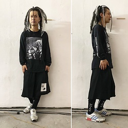 @KiD - (K)Ollaps Violent Magic Orchestra, Komakino Sweat Shorts, Adidas Micro Pacer, (K)Ollaps Noise Socks - JapaneseTrash538
