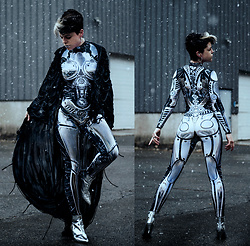 Carolyn W - Badinka Robotic, Shredded, Urban Outfitters Silver - Snow Robo