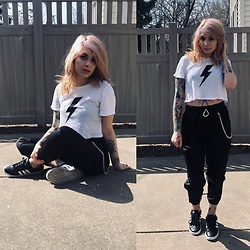 Emily Perkovich - Windsor Lightning Bolt Crop T, Love, Fire Satin Cargo Pant, Adidas Black & White Grand Court - 03252020