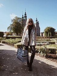 Joicy Muniz - Vintage Sunnies, Pandora Necklace, Sofie Schnoor Blazer, Sofie Schnoor Jeans, Christian Dior Bag, Dr. Martens Boots - Mixing patterns