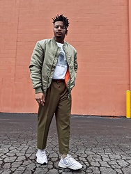 Jason - Adidas Ozweego, Asos Cropped Pants, Asos Bomber Jacket - Greenday