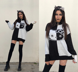 Ami Amour -  - Goth Hello Kitty