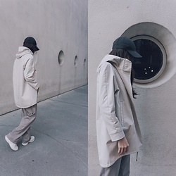 Aliya A - Somemoment Hooded Parka, Nike Cap, New Balance Sneakers - SOMEMOMENT HOODED PARKA
