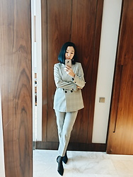 Rosie - Zara Blazer, Zara Trouses, Mango Shoes, Filodora Tights - Business