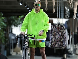 INWON LEE - Byther Neon Color Scotch Lettering Windscreen, Byther Neon Color Scotch Lettering Short Shorts - Green Reflective Windbreaker