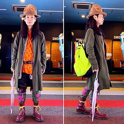 @KiD - Vivienne Westwood Mountain Hat, Vivienne Westwood Squiggle Shirts, Neuw Denim Military Coat, Supa Resque Wears Crust Shorts, Dr. Martens 3 Hole, Obey Neon Bag Pack, Vivienne Westwood Let It Rock Leggings - JapaneseTrash552