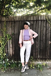 Weronika Bukowczan - High Waisted Cropped Pleated White Trousers, Oasis Pastel Pink Boxy Blazer, Topshop Snake Print Chunky Sneakers, Laura Ashley Silk Floral Scarf - PastelLove