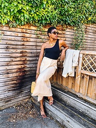 PAMELA - Asos Design Midi Cargo Skirt, Nine West Barely There Sandals - Safari Style in Neutrals
