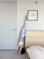 Jade Zhu - Athleta Yoga Pant, Athleta Sports Bra - Headstand