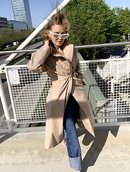 Anna Borisovna - Céline Sunglasses, The Curated Coat, Massimo Dutti Denim - The Summer Trenchcoat
