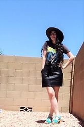 Saguaro Style - Vintage Batman Tee, Faux Leather Skirt, Sven Clogs Turquoise, Minnetonka Leather Hat - 05.02.20