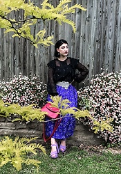 Weronika Bukowczan - Vintage Star Print Purple Pleated Midi Skirt, Primark Lilac Sandals, Vintage Style Red Hand Bag, Black And White Polka Dot Wide Belt, Star Print Black Ruffle Blouse - Stars🌟