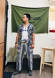 Yu-cheng Chen - Zara Hawaii Shirts, Syndro 漁夫褲, Amber 休閒鞋 - Love overcoming the past failures
